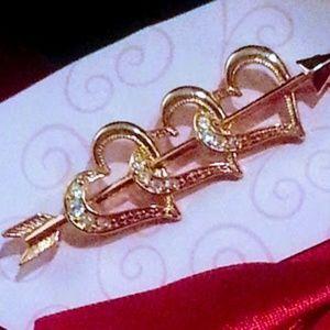 Jewelry - 3 heart & arrow gold tone and rhinestone brooch